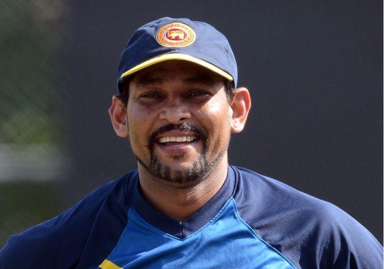Tillakaratne Dilshan scolds Sri Lanka middle order for batting ...
