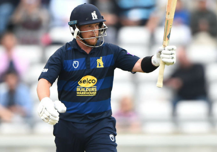 Warwickshire cricket: Tim Ambrose signs new contract - The Cricketer