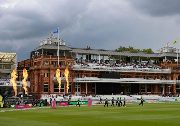 lords010801-min