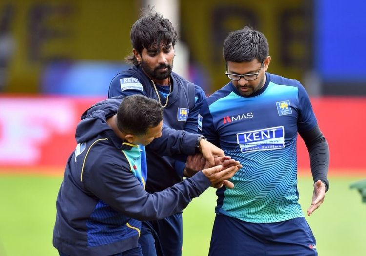 Sri Lankan pacer Nuwan Pradeep to miss Bangladesh clash after dislocating finger