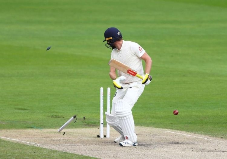England's Stuart Broad takes 500 Test wickets